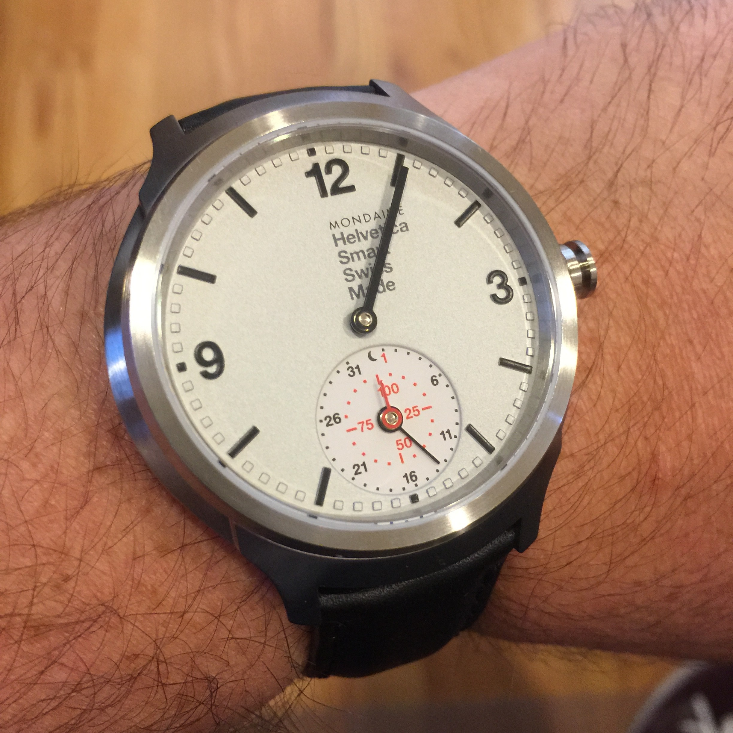 How Smart Is the Mondaine Helvetica Smart Watch?